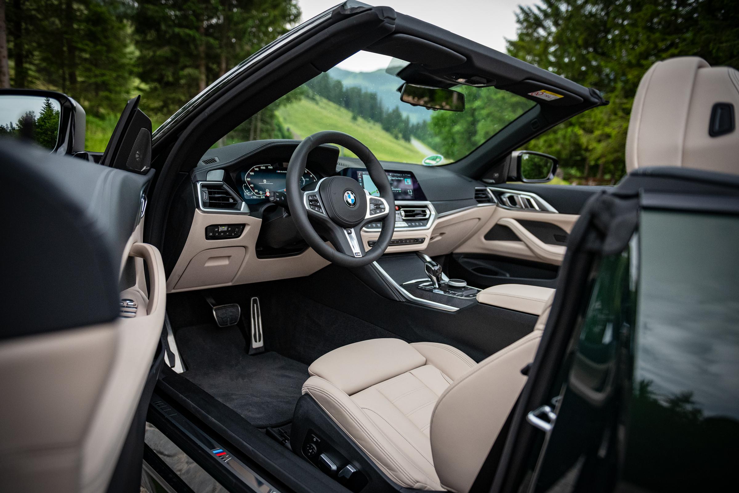 BMW-M440i-xDrive-Cabrio-Inteireur