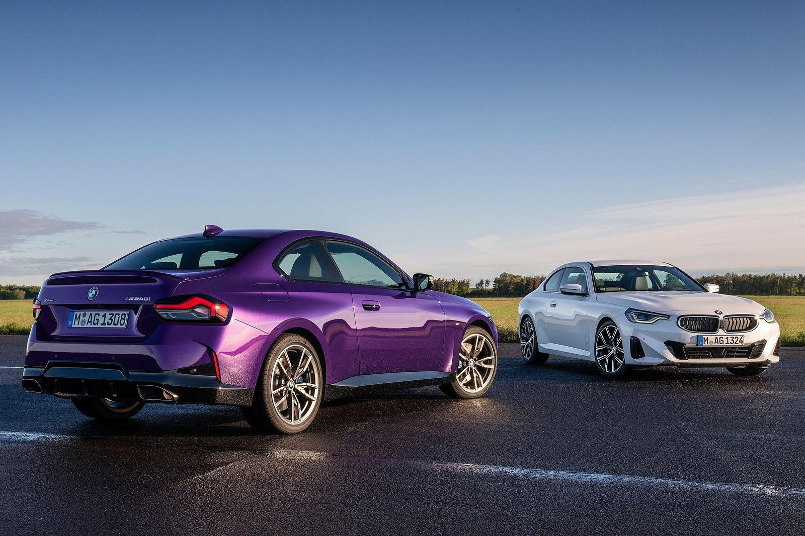 BMW-M240i-xDrive-2022-Front-Rear
