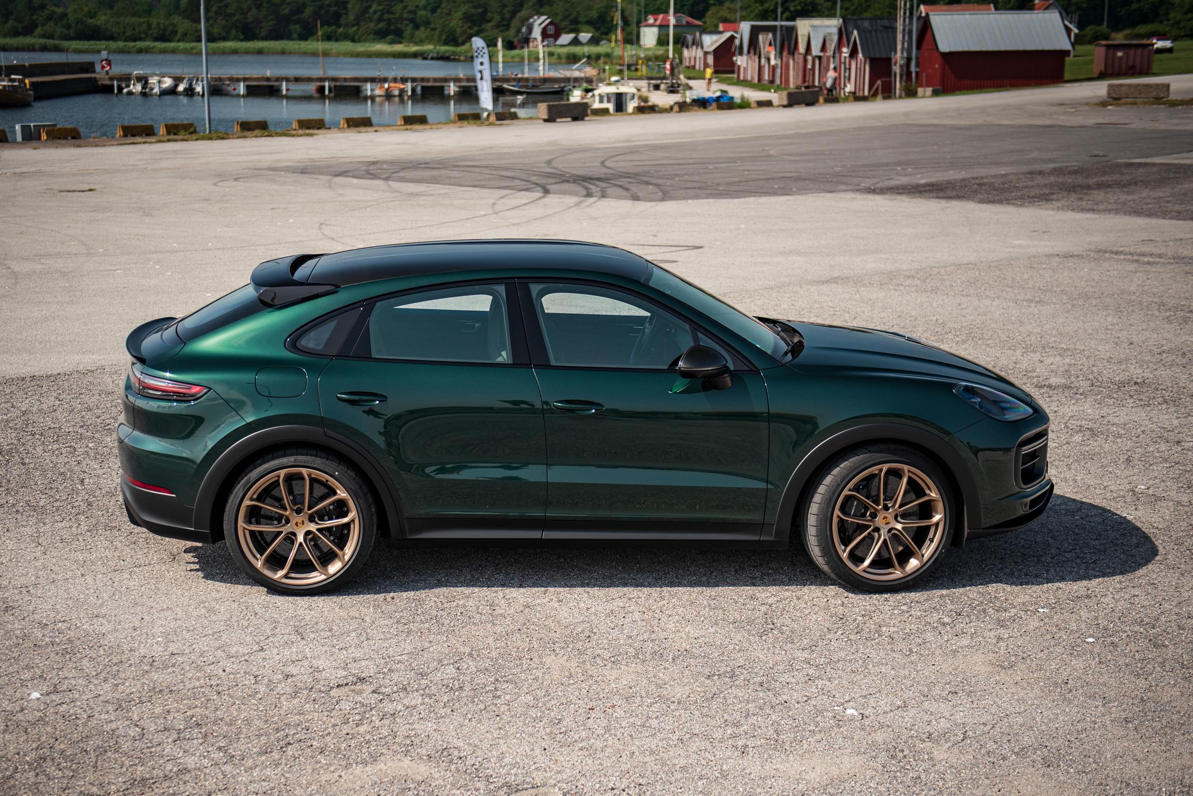 Porsche Cayenne Turbo GT Side Top