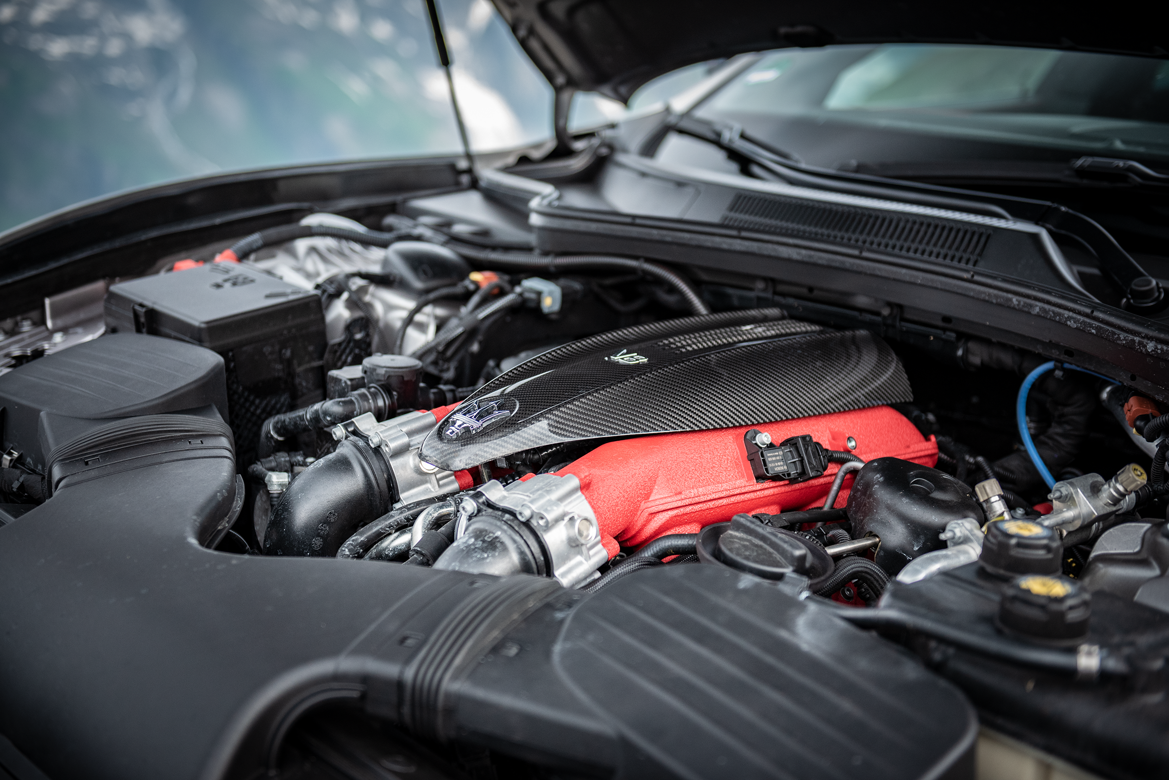 Maserati Ghibli Trofeo V8 engine