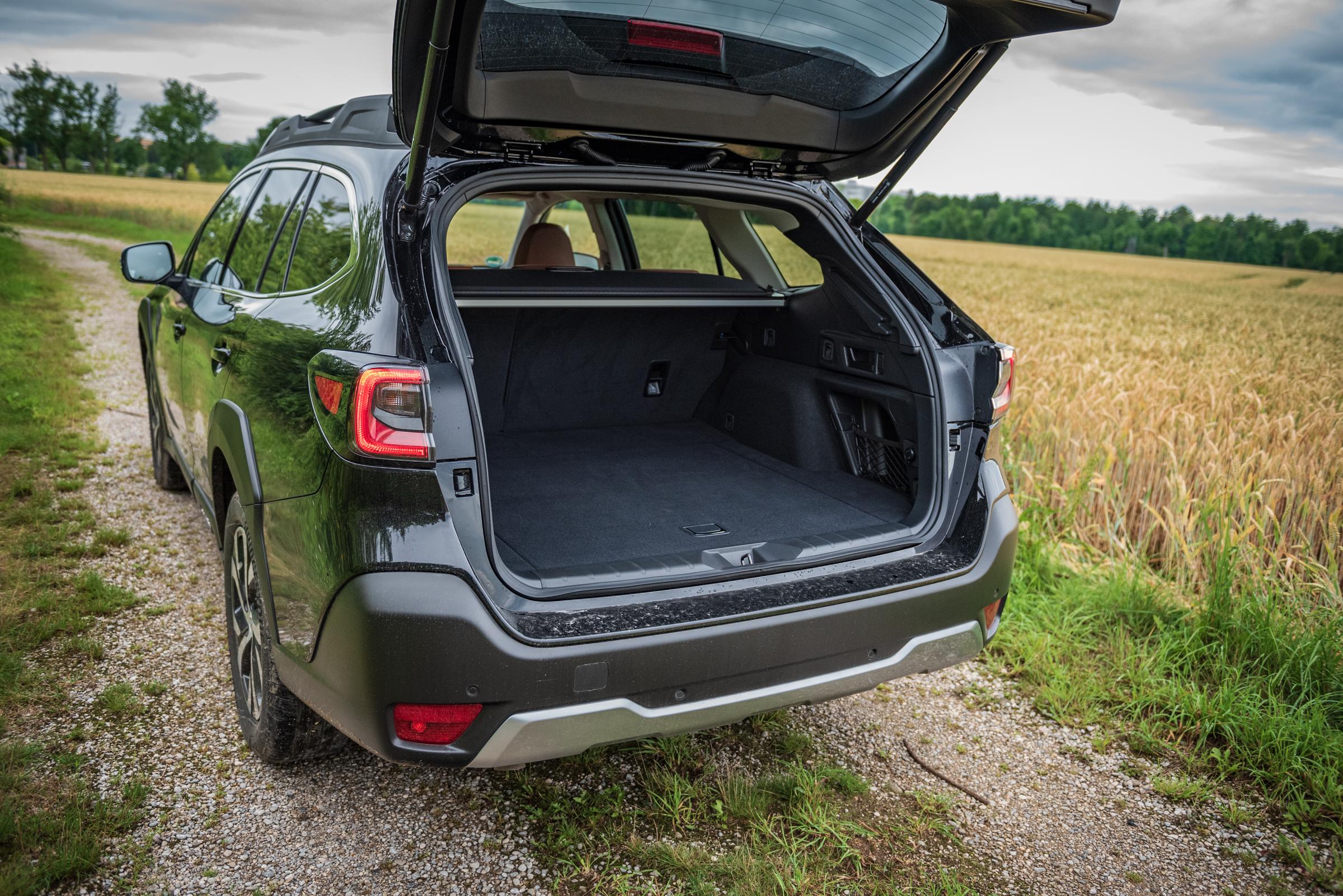 Subaru Outback 2021 Trunk