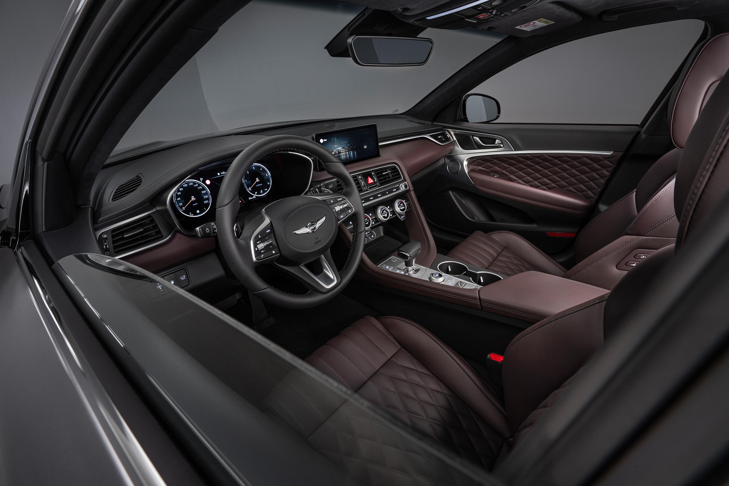 Genesis G70 Shooting Brake Interior