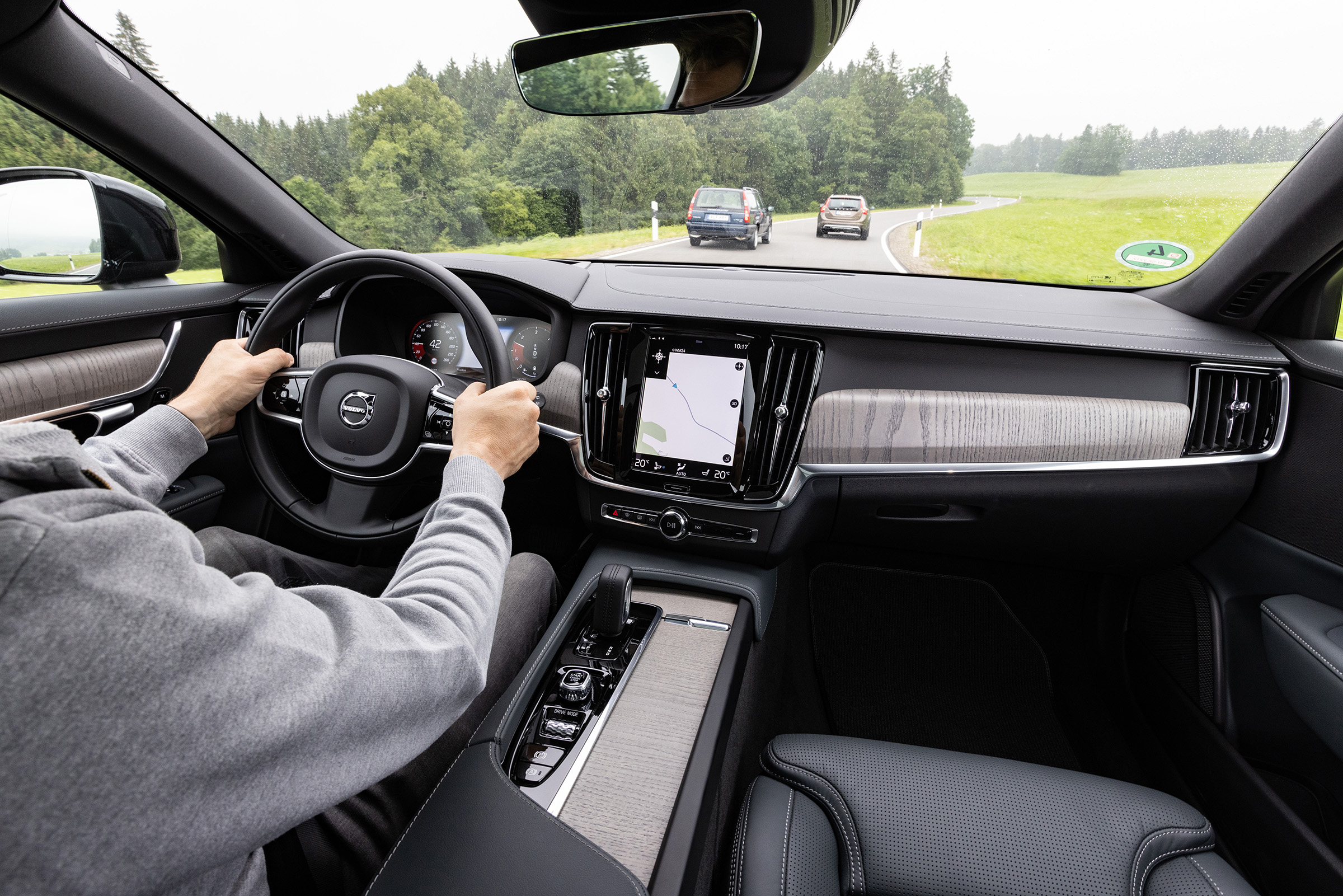 Volvo cross-country V90CC interior