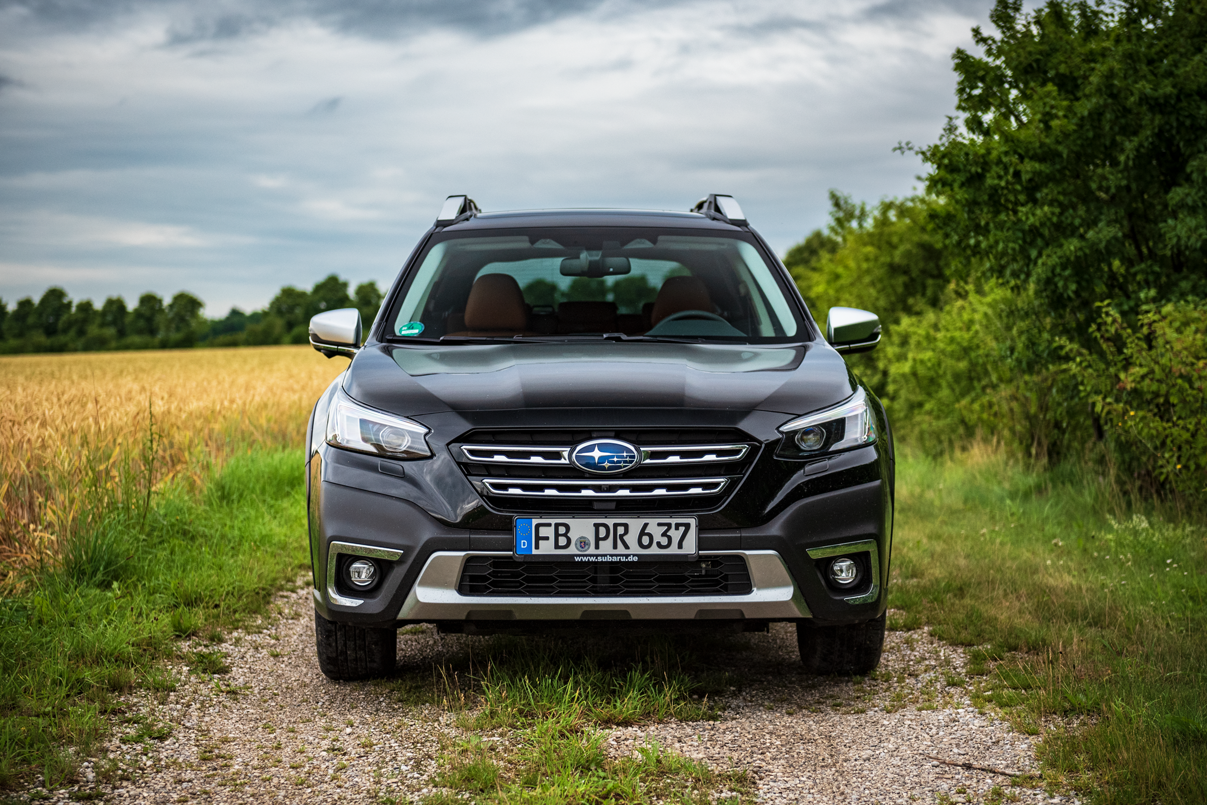 Subaru outback 2021 front