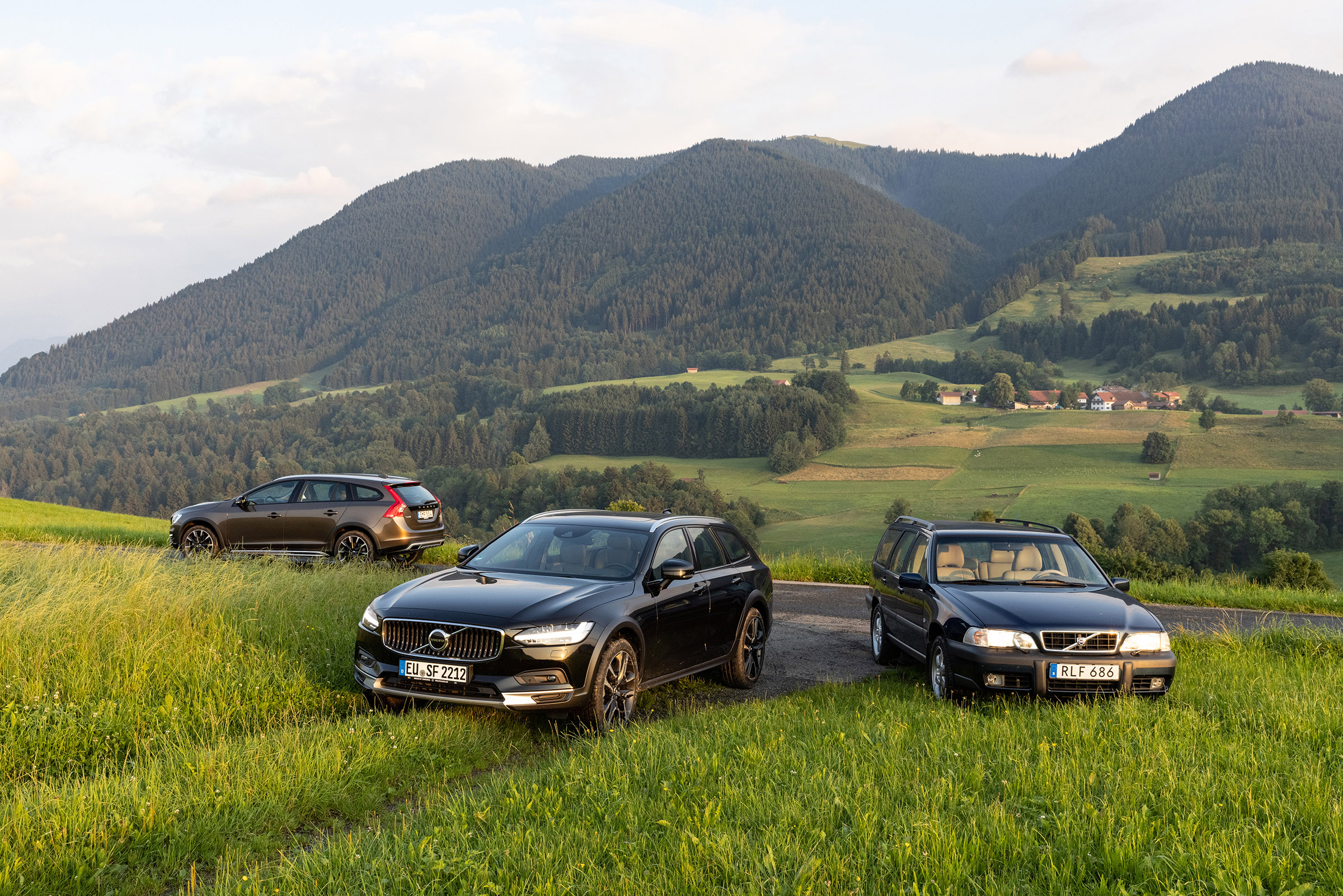 Volvo cross country trio