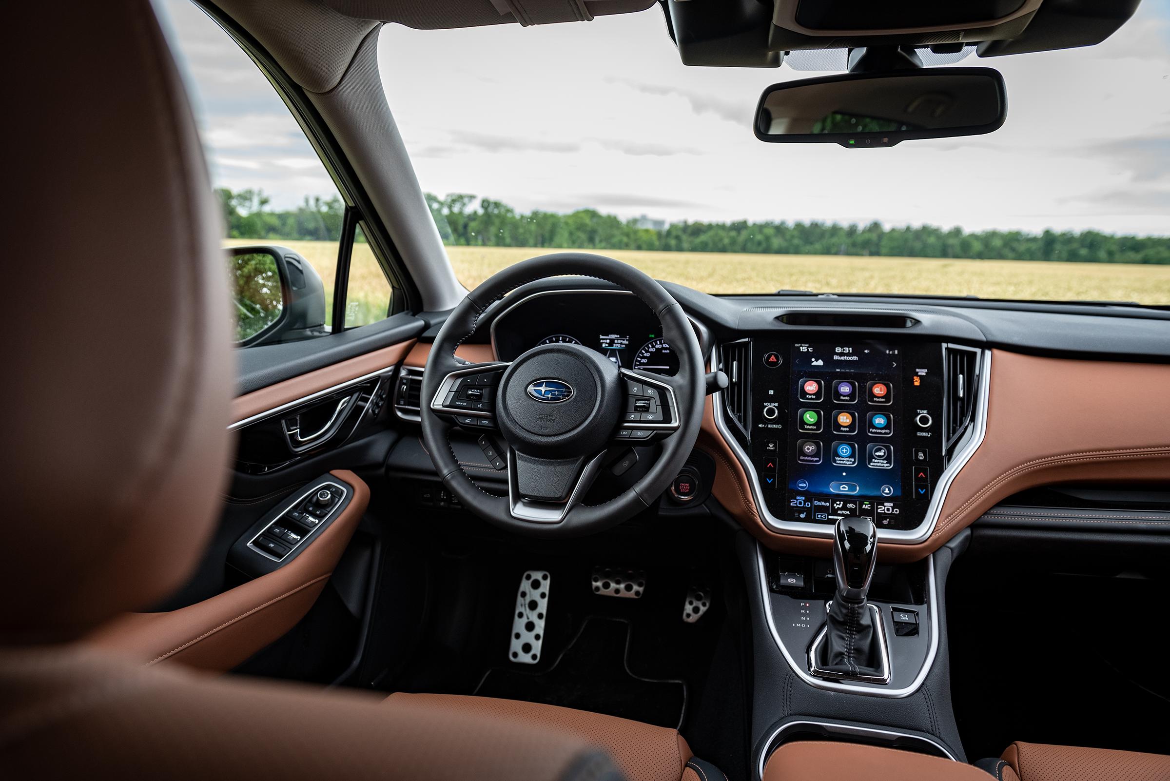 Subaru Outback 2021 front cockpit