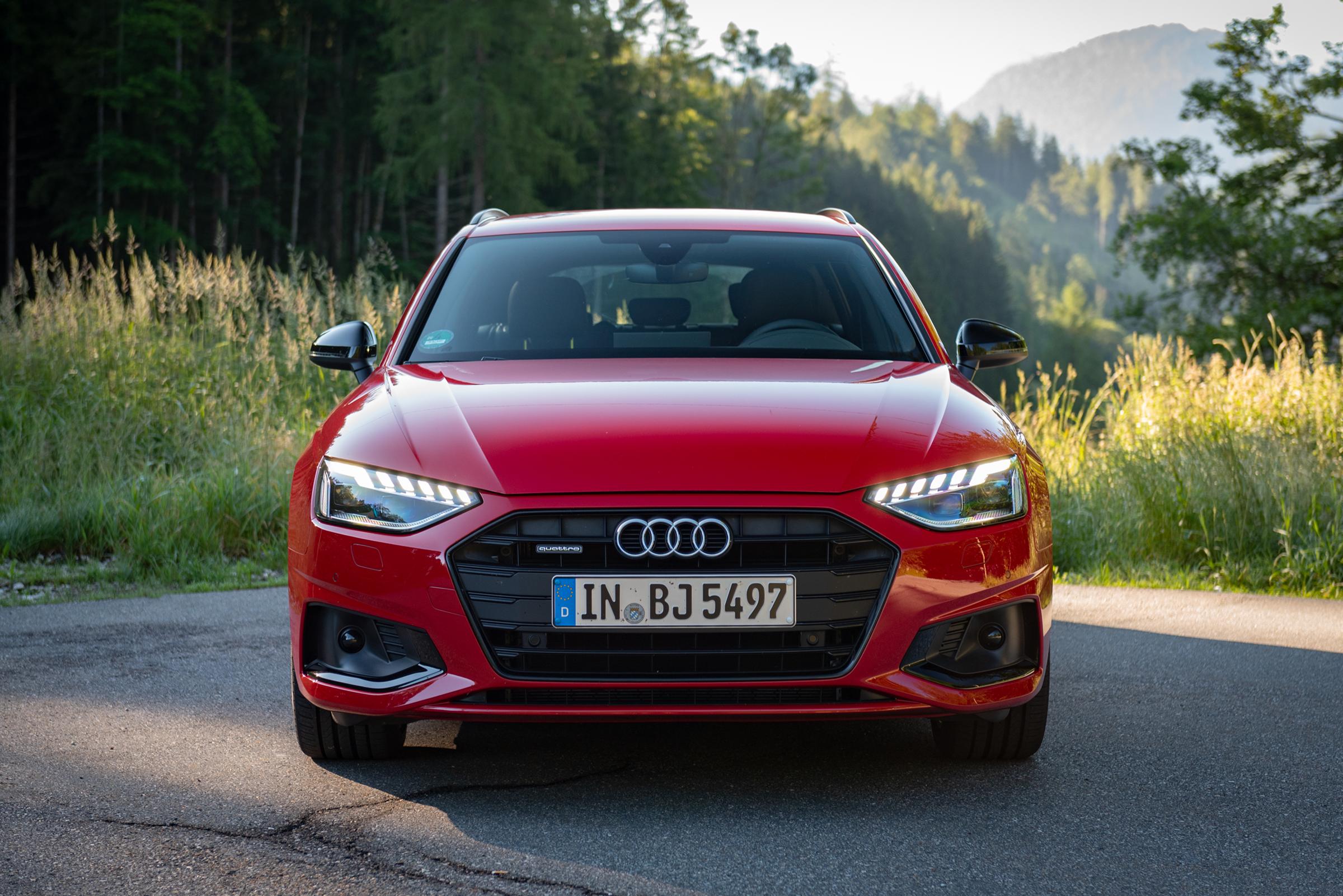 Audi-A4-Avant-2021-front