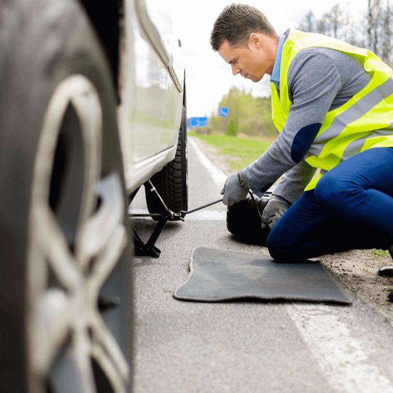 Hour Roadside Assistance Mercedes Benz