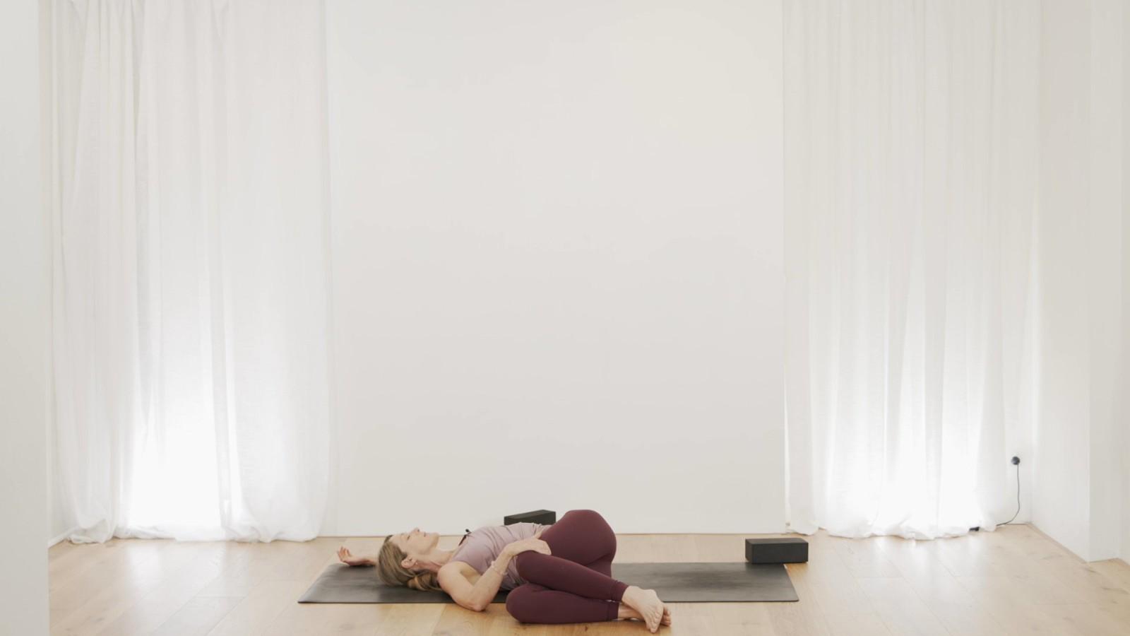 Hatha Effort-Less with Vanessa Mitchell