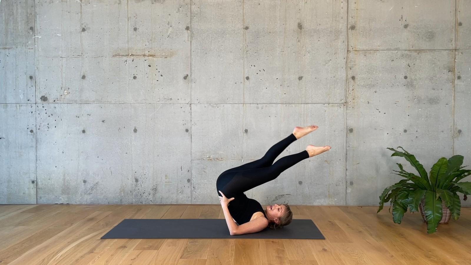 Pilates Circuit: Core with Mardi Gannon