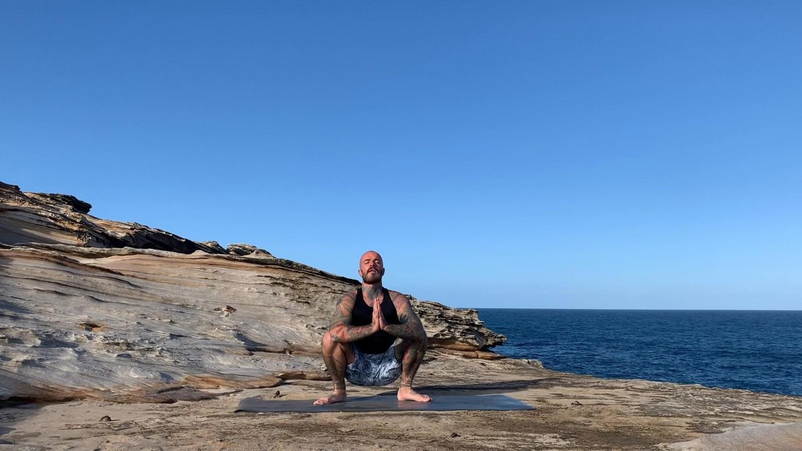 Hamstring Lengthening & Balancing with Ari Levanael