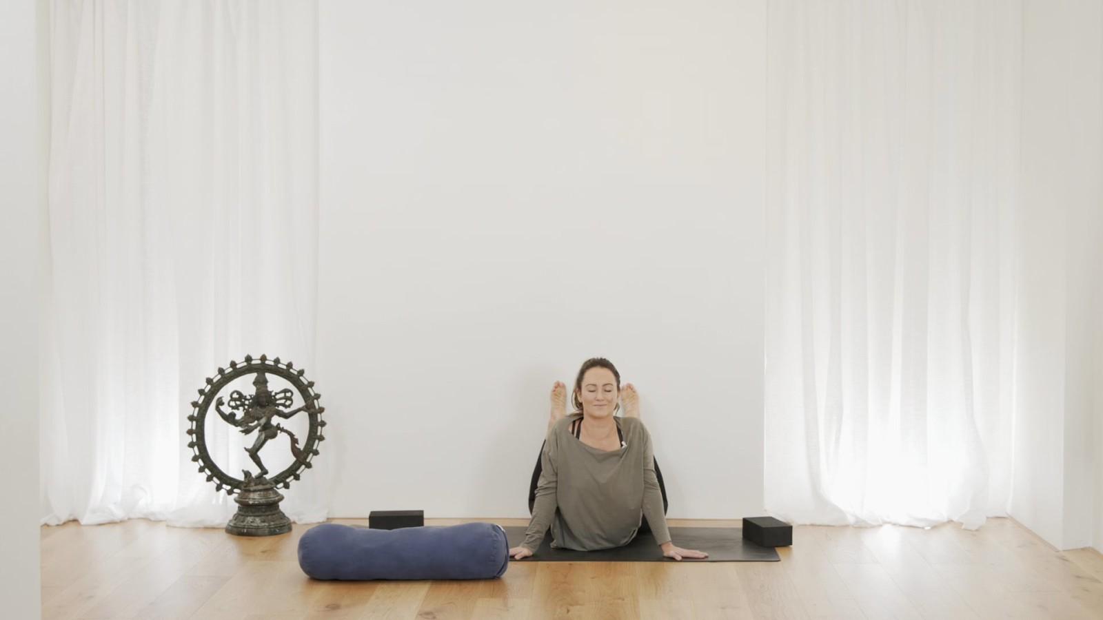 Wall Yin with Mel McLaughlin