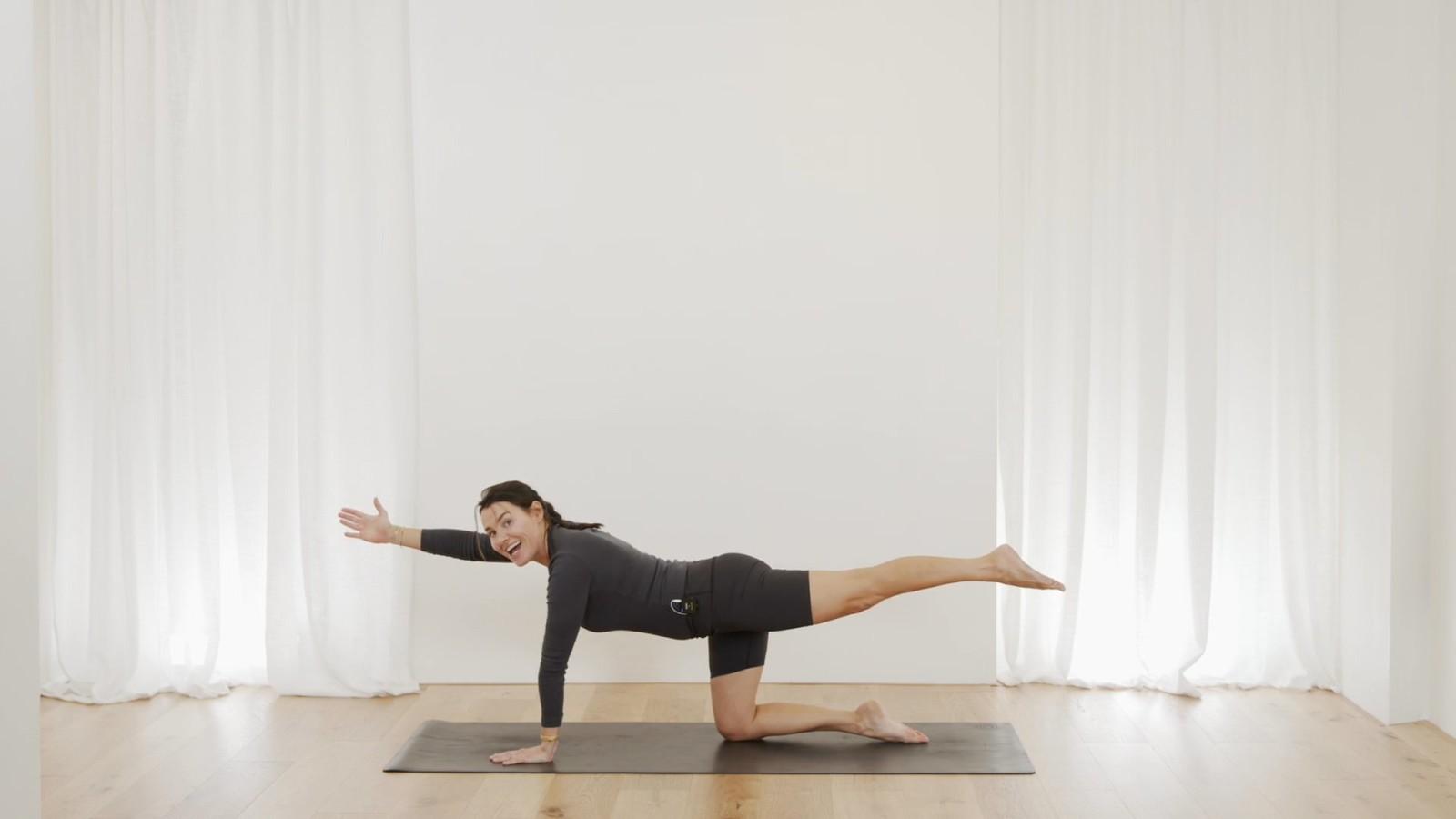 Intermediate Mat Pilates workout with Aneta Bachanova