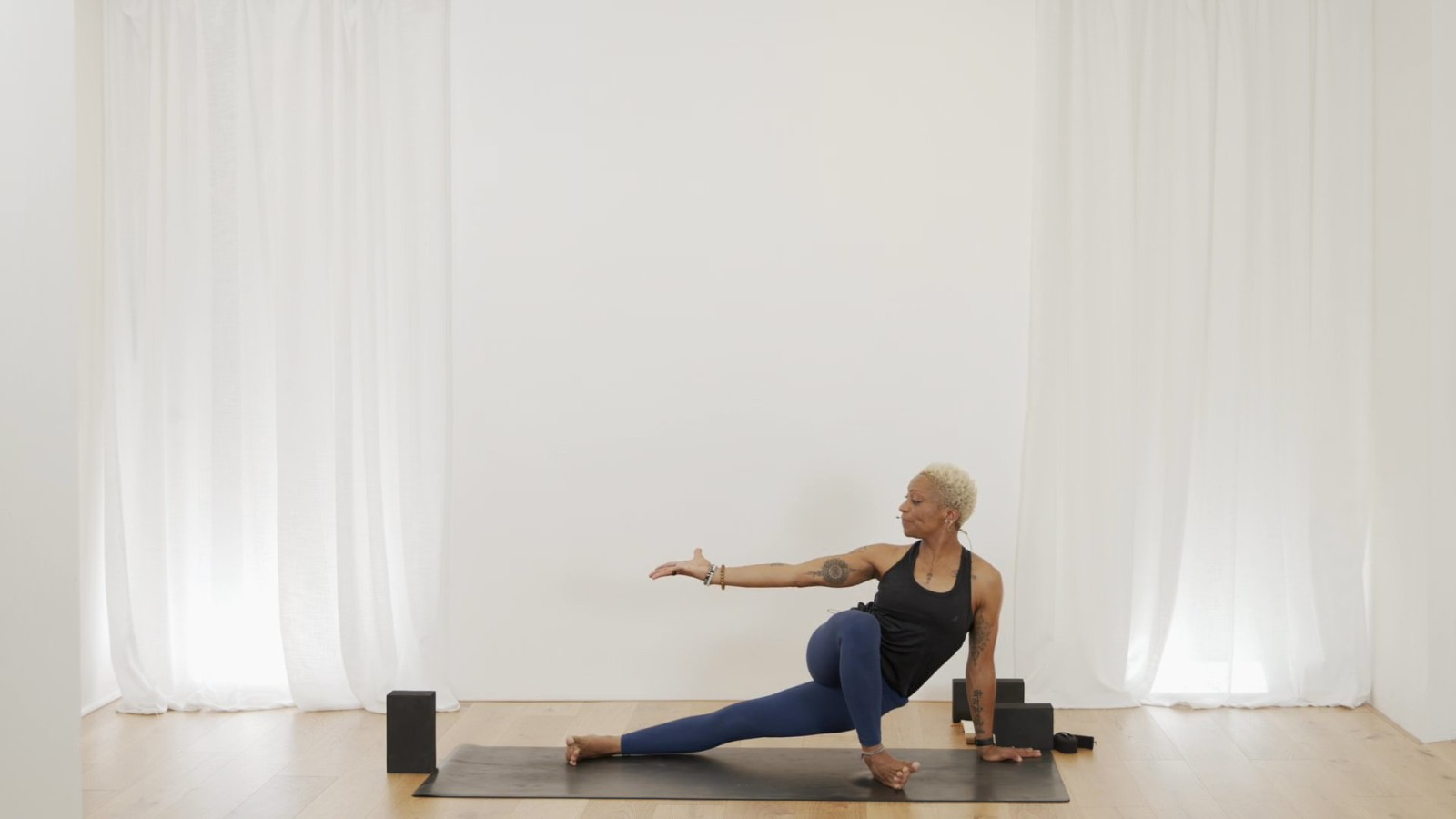 Side Body Flow with Norma Nelson