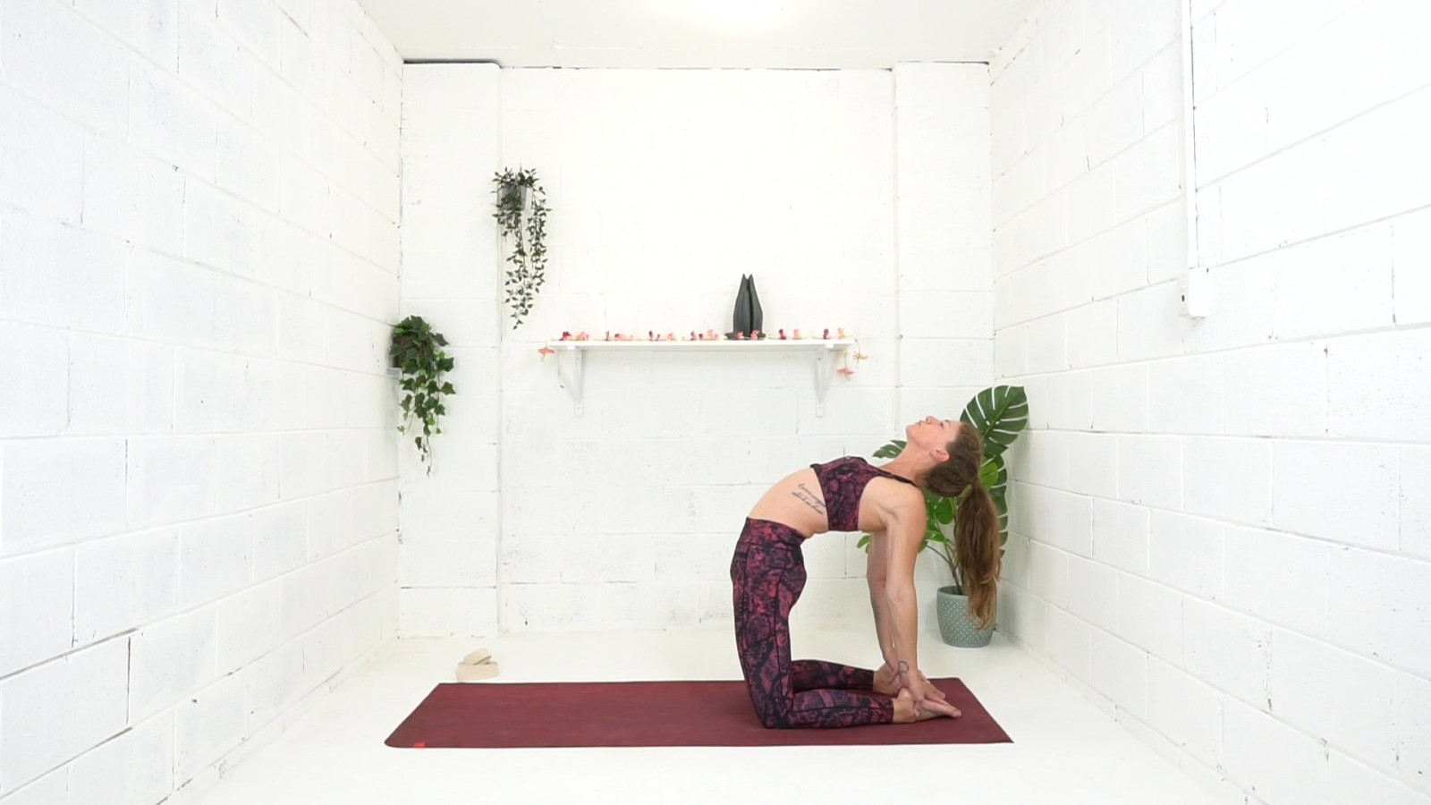 Spinal Floss Chill Flow with Danielle Coulibaly