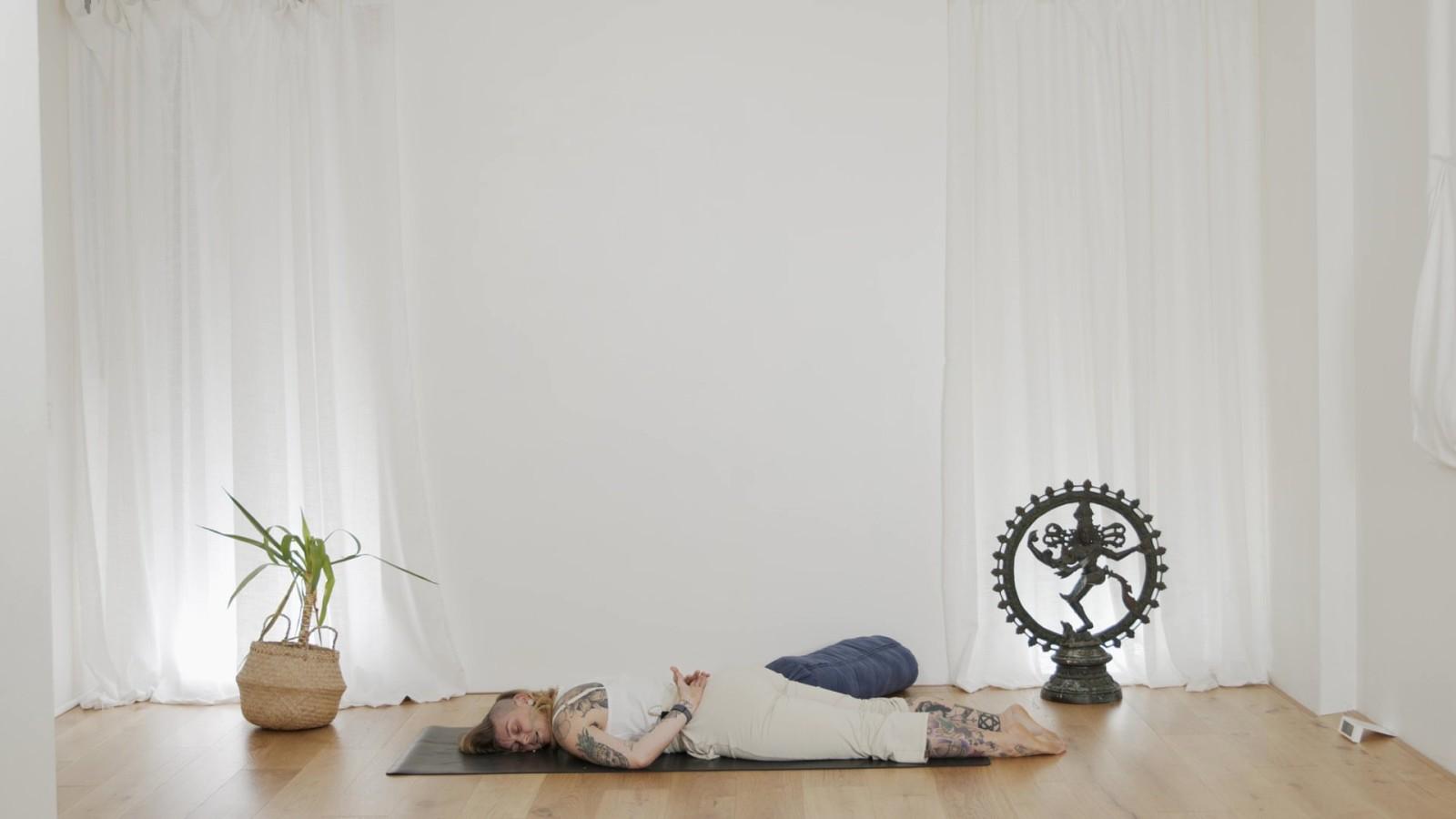 Yin Yoga for Shoulders with Mischa Gomez