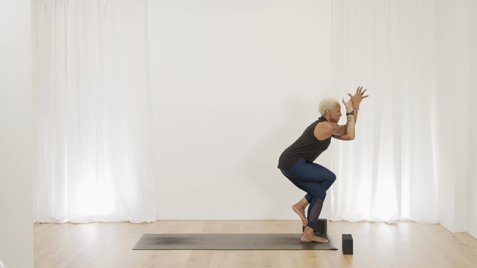 Level 1-2 Balance Flow with Norma Nelson