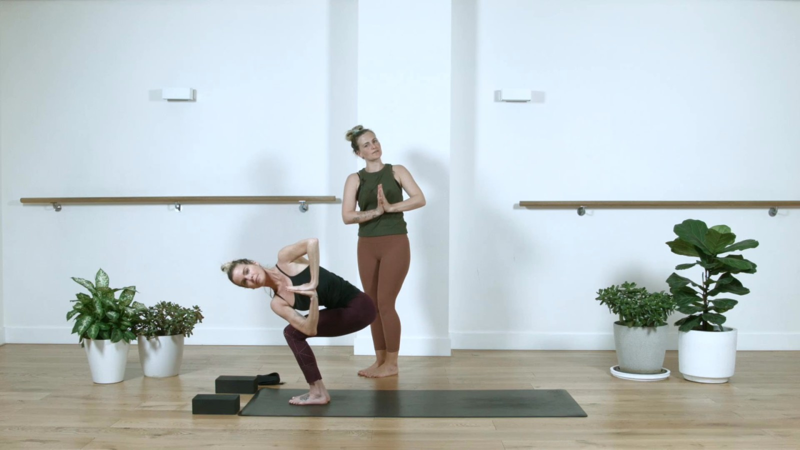 King Of Backbends with Sarah Routhier