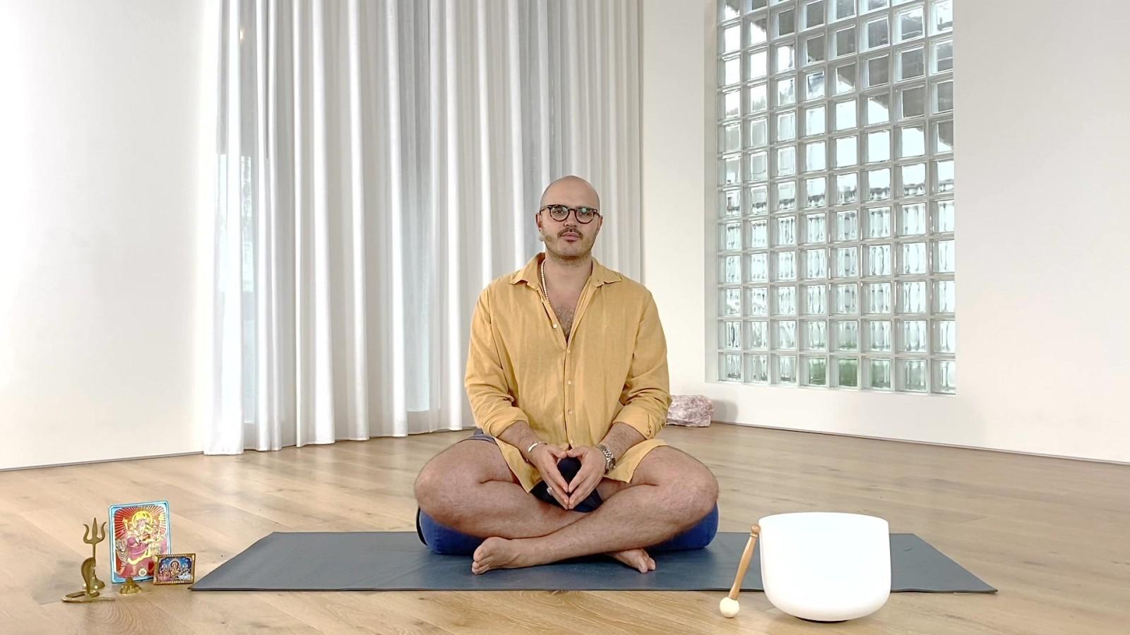 Yoga Nidra for Calm, Peace & Presence with Josh  Blau