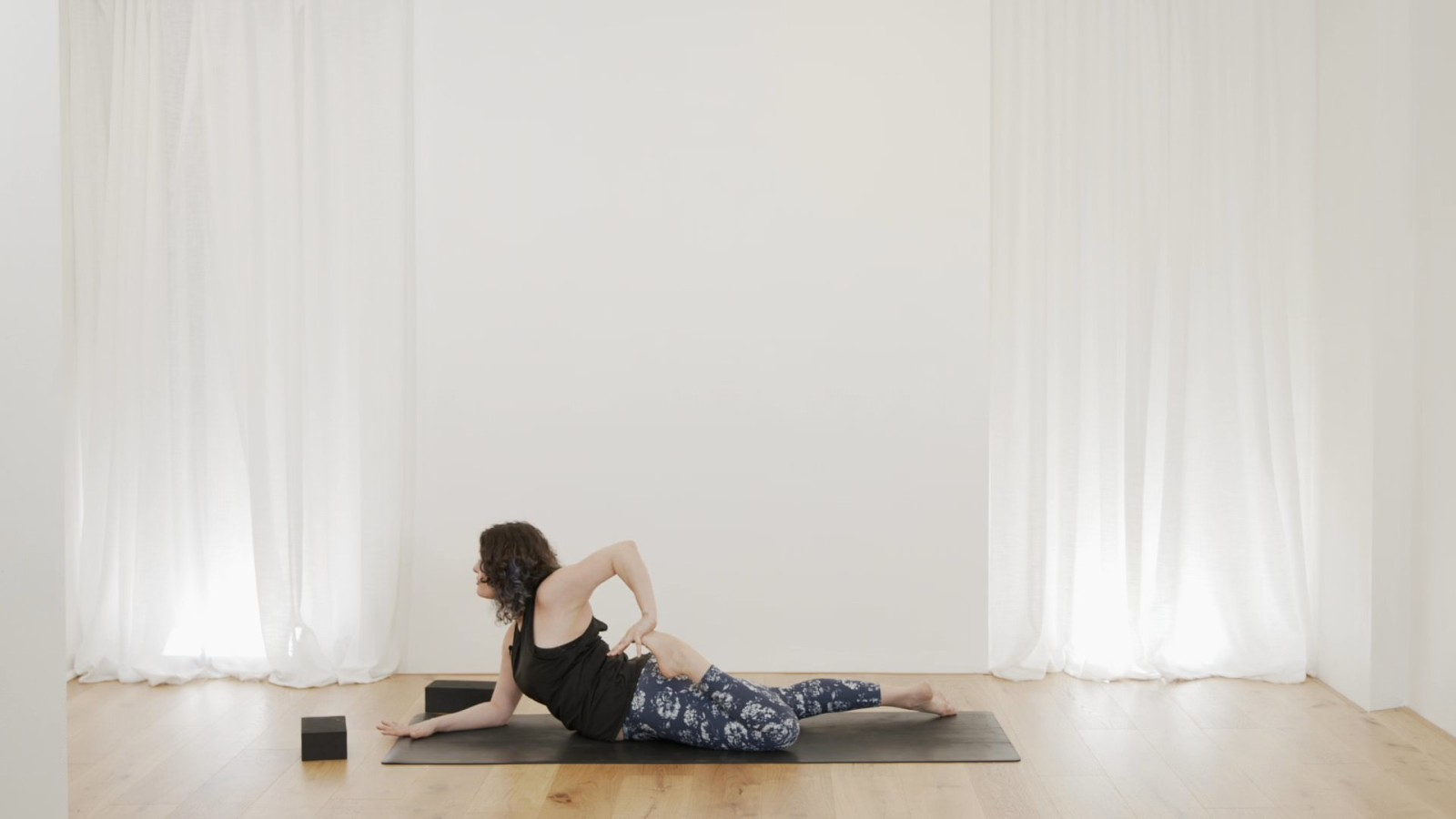 Feel Good Stretchy Flow with Vicki Smart
