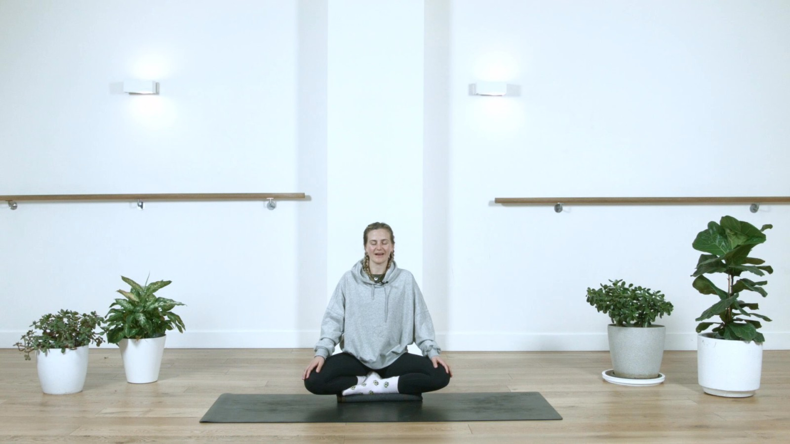 Grounding Breathing with Sarah Routhier