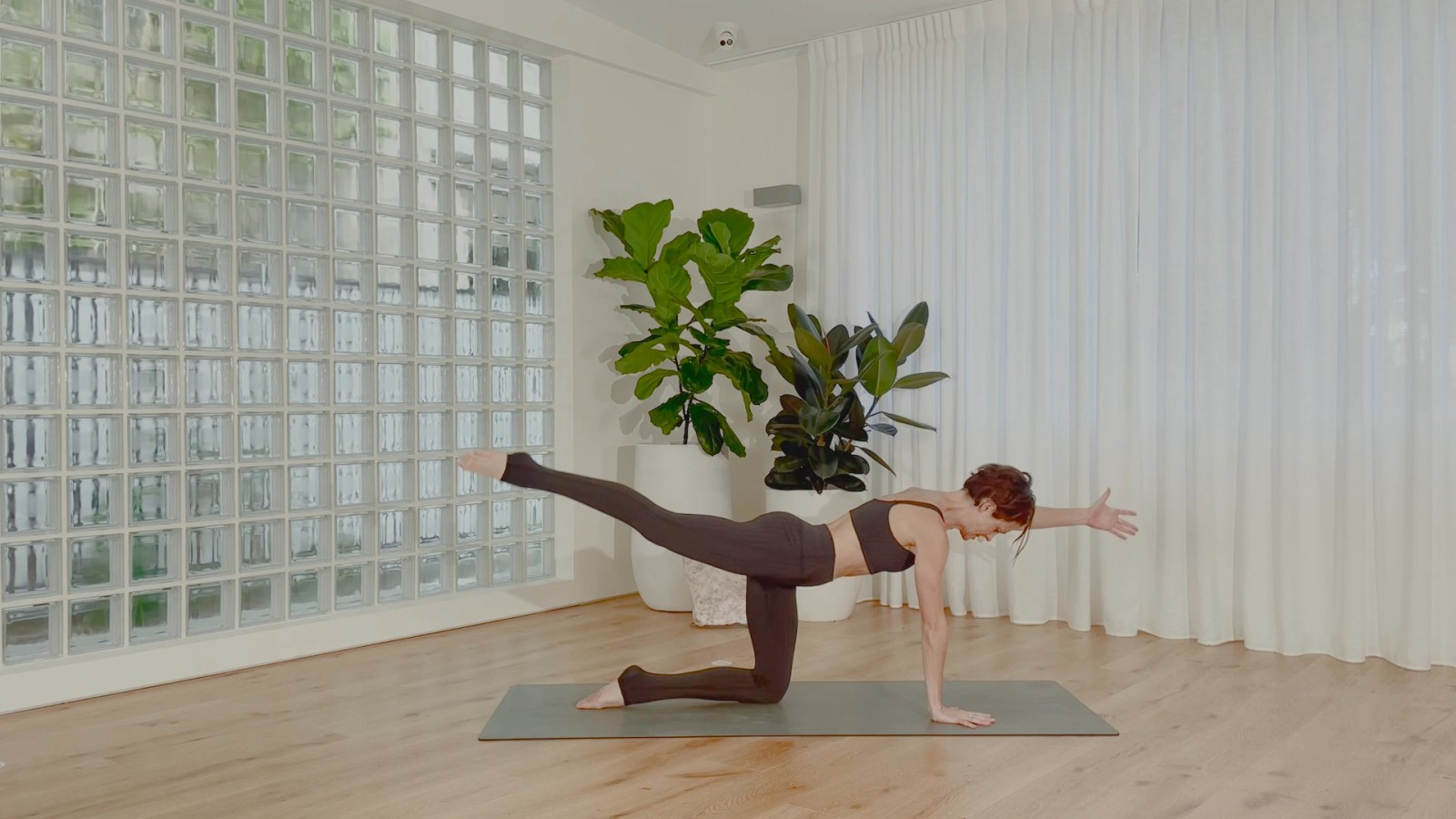 Cardio Pilates Quickie with Rebecca Lockyer