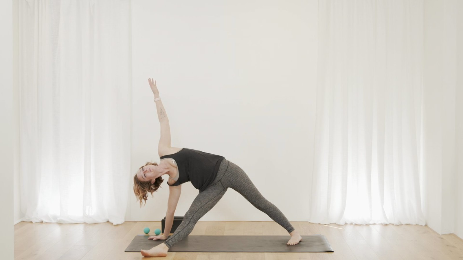 Shoulder & Spine Sweetness with Vicky Chapman