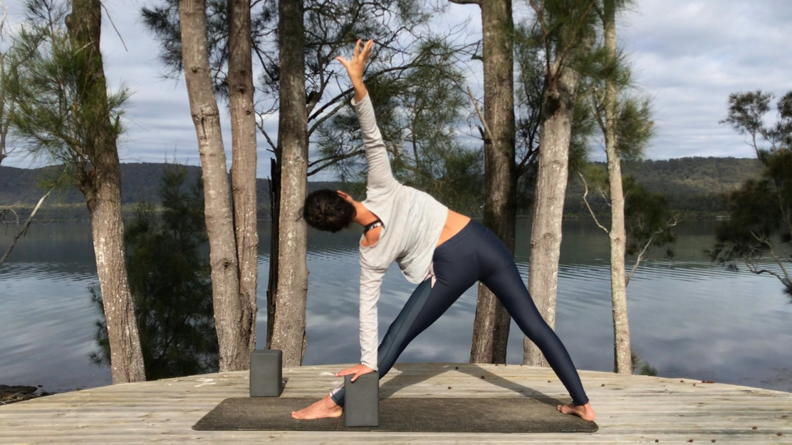 Slow Grounding Flow with Maryanne Edwards