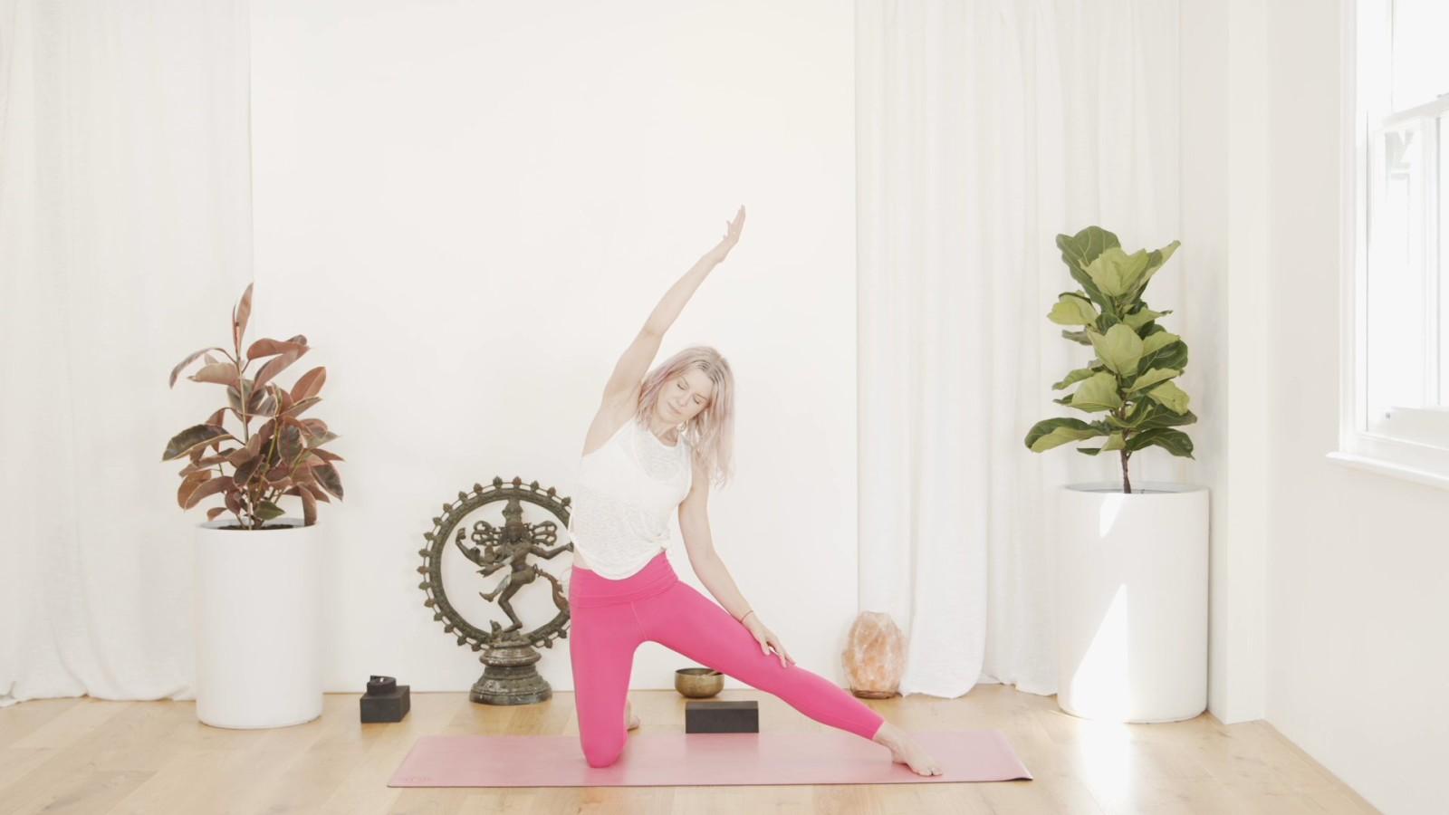 Yoga Flow  with Aimee Pedersen