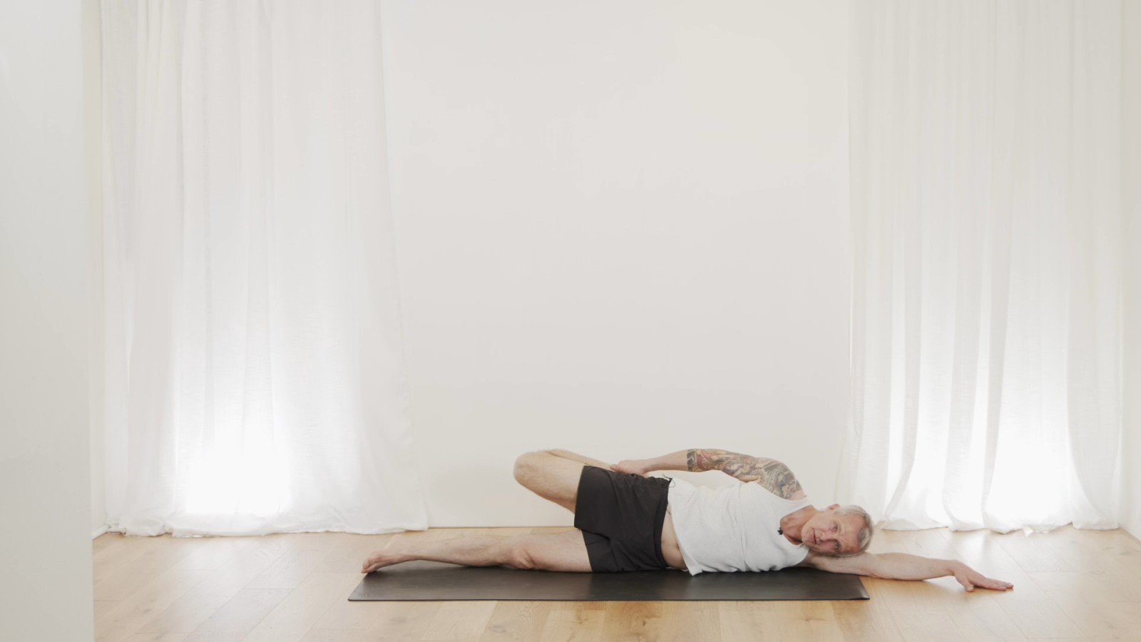 Simple Stretch Sequence with Mark Moon