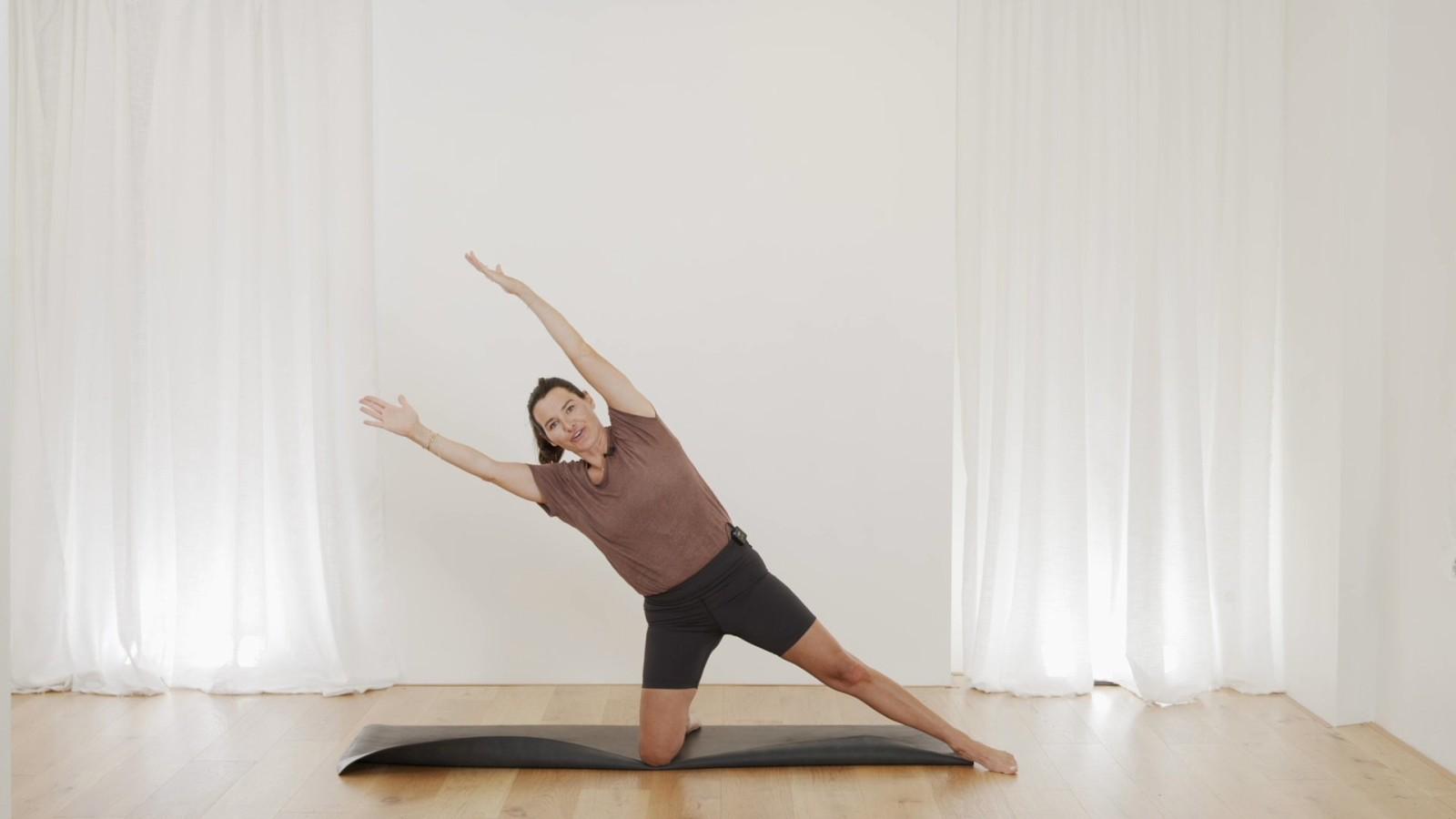 Pilates Morning Flow 2 with Aneta Bachanova