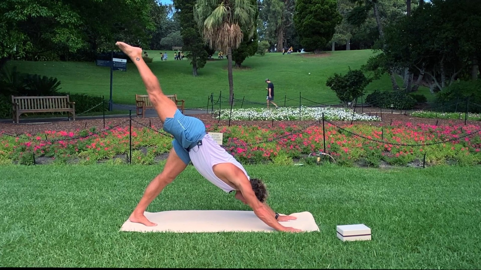 Yoga Class Botanical Gardens  with Christian Ralston
