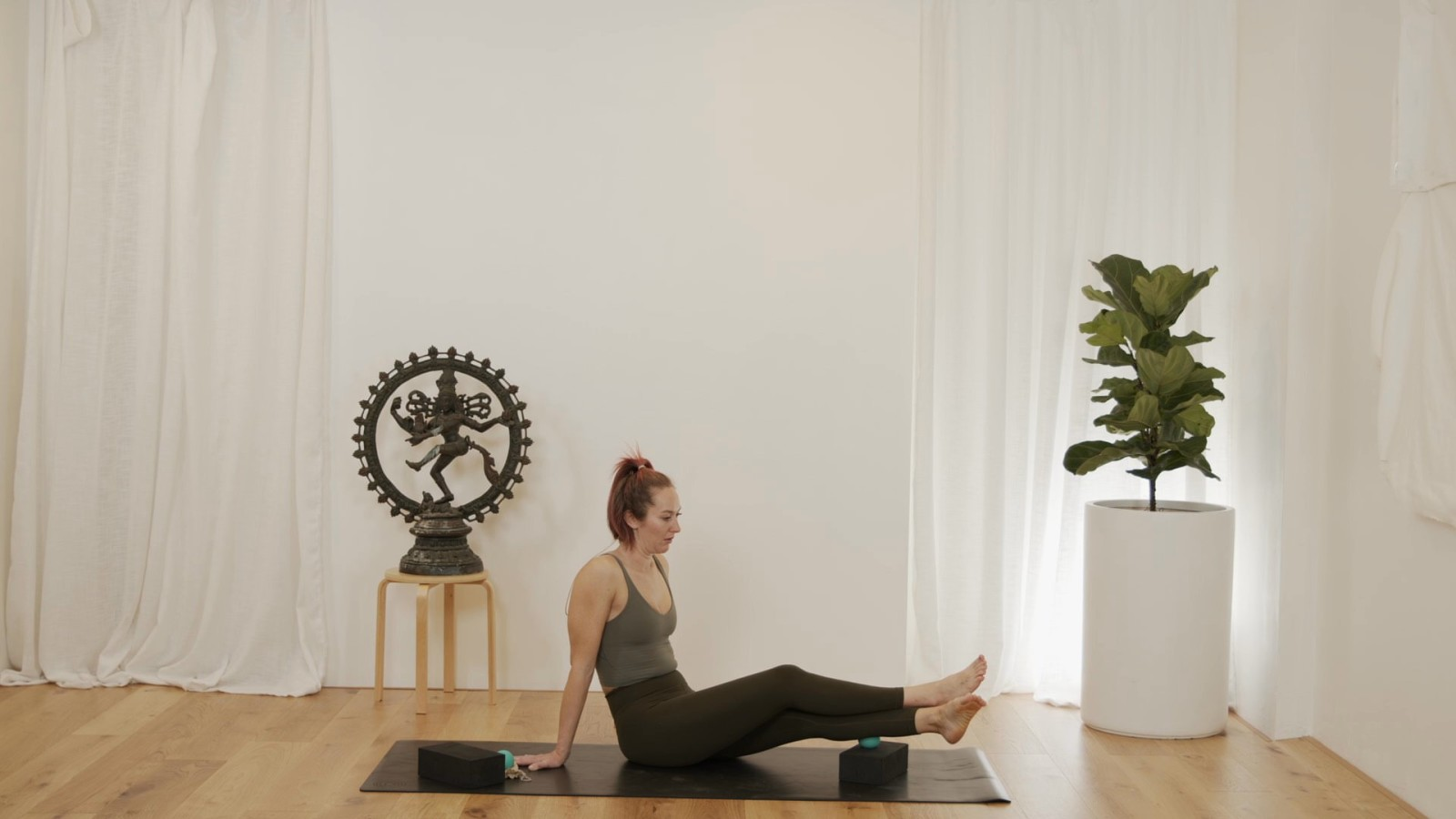 Back Body Fascia Release with Vicky Chapman