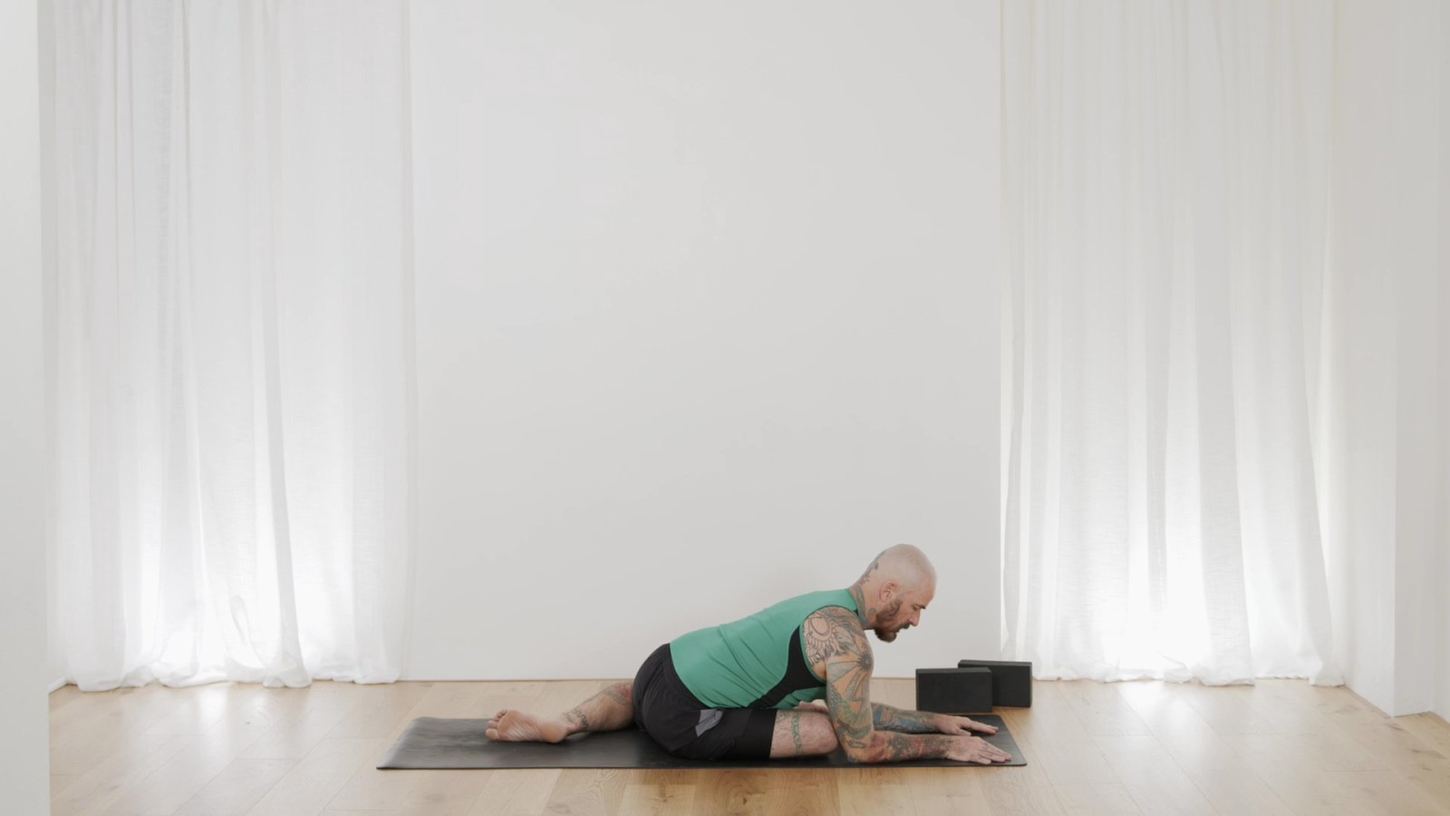 Yoga Foundations - Happiness For Your Hips with Ari Levanael