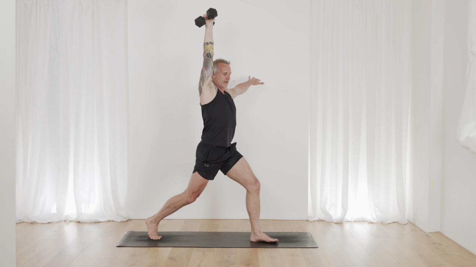 Sizzling Shoulders, Legs & Core with Mark Moon