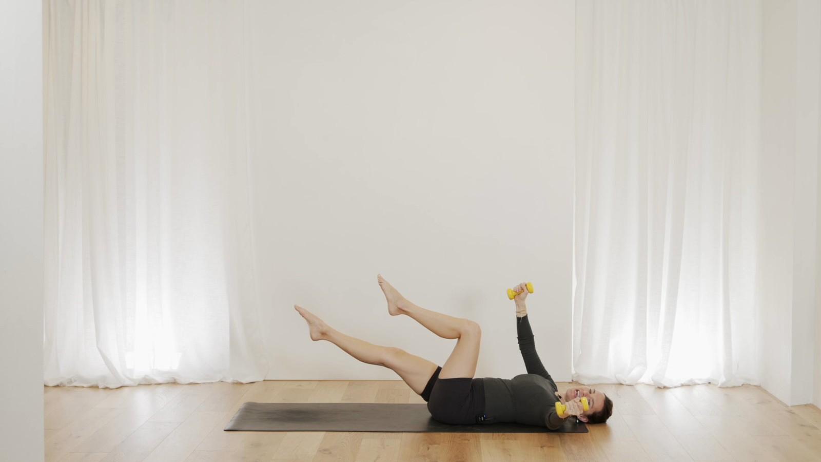 Abs & Arms Pilates Workout with Aneta Bachanova