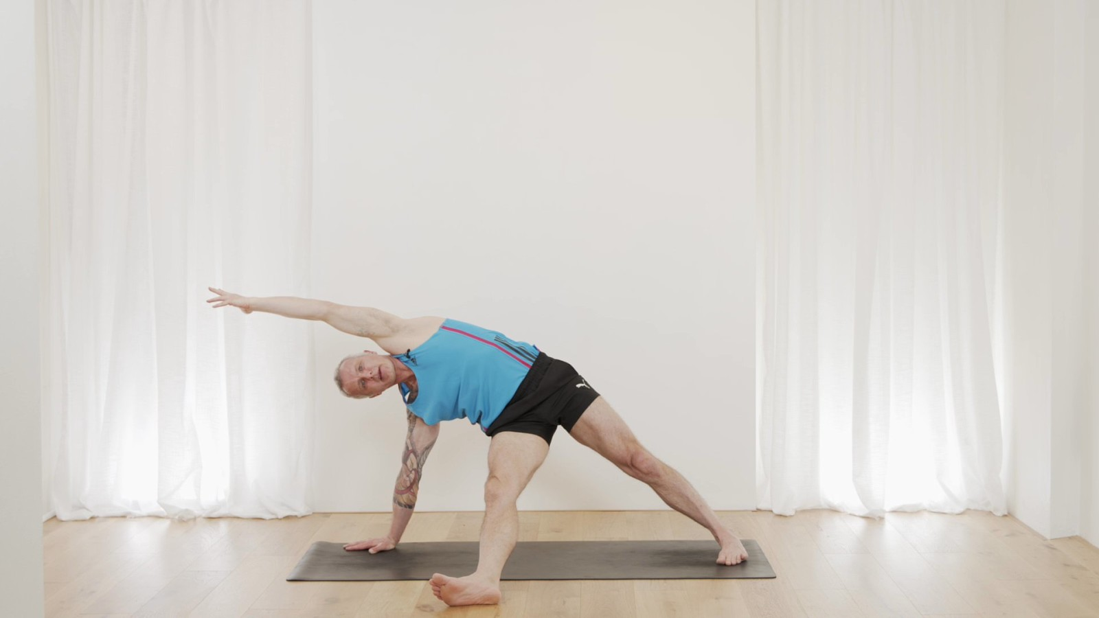 Free Moving Flow with Mark Moon