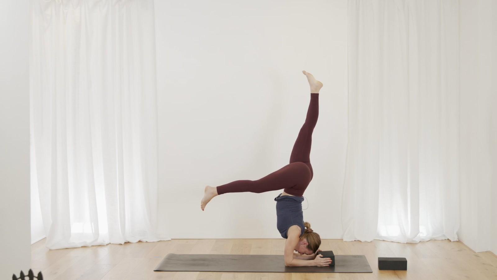 Wisdom Body Flow with Janet Yockers