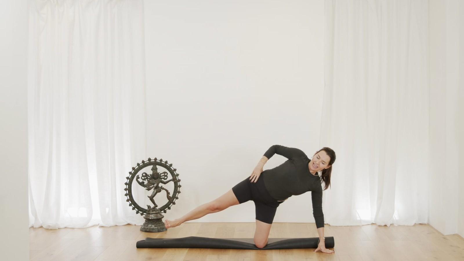 Pilates Flow with Aneta Bachanova