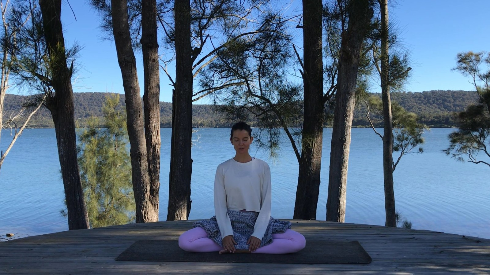 Listen In Meditation with Maryanne Edwards
