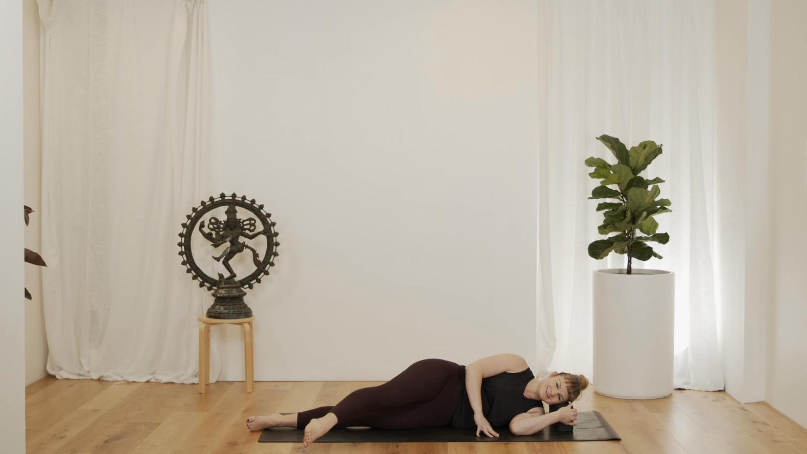 Mat Pilates with Juju Leith