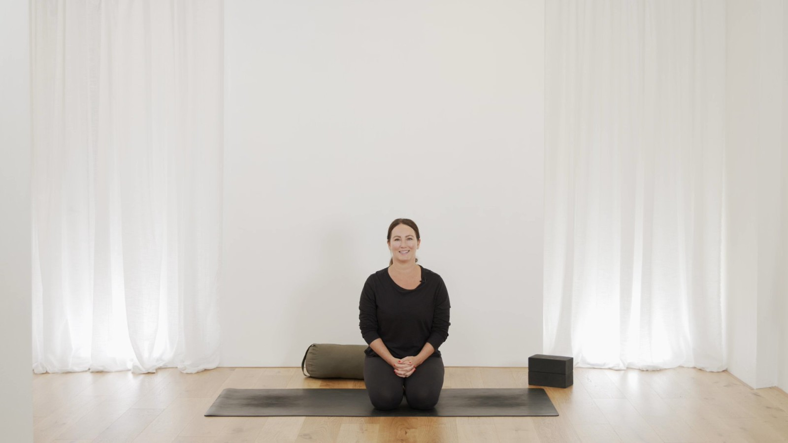 3 Yin Pose Quickie with Mel McLaughlin