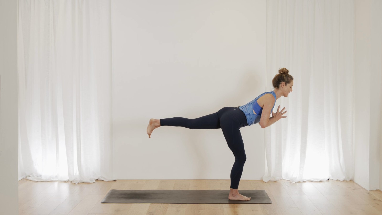 Short & Sweet Flow For Strength & Balance with Vanessa Mitchell