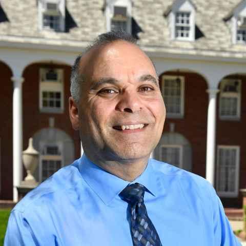 Portrait of VP Rob Alsop