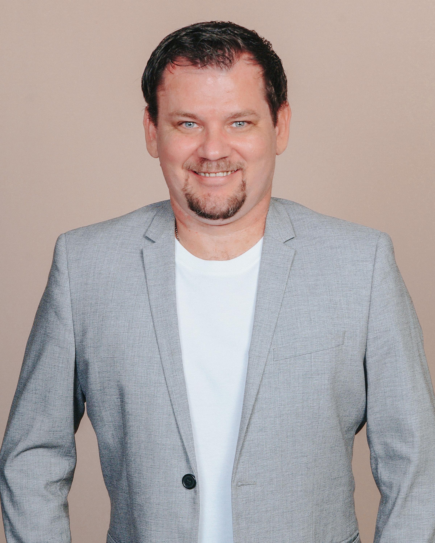 Vitalij Vanusanik Real Estate Agent