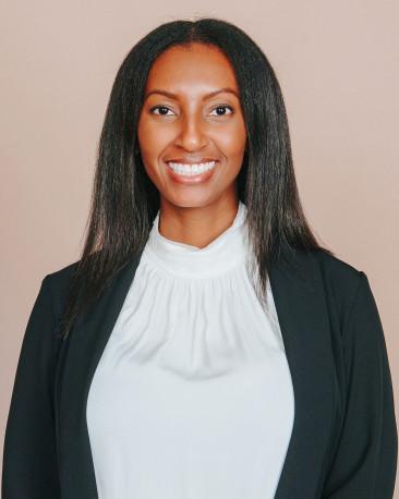 Cynetria Watkins Real Estate Agent