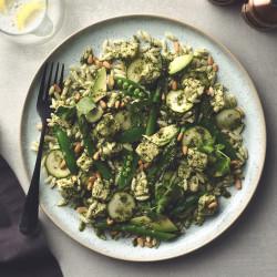 Supergreen Pesto Pasta with Quorn Pieces