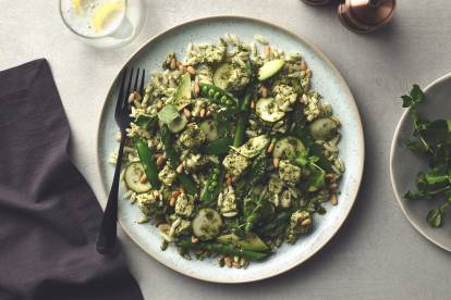 Supergreen Pesto Pasta with Quorn Pieces