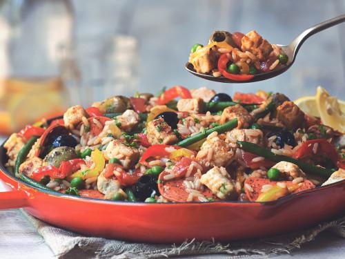 Paella mit Quorn vegetarischem Geschnetzeltem