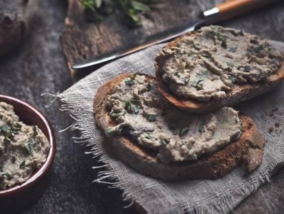 quorn pieces, mushroom & tarragon pate vegetarian recipe